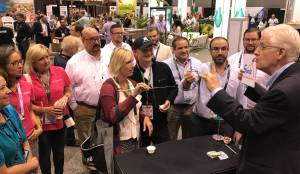 magician Entertaining at Chicago McCormick Place